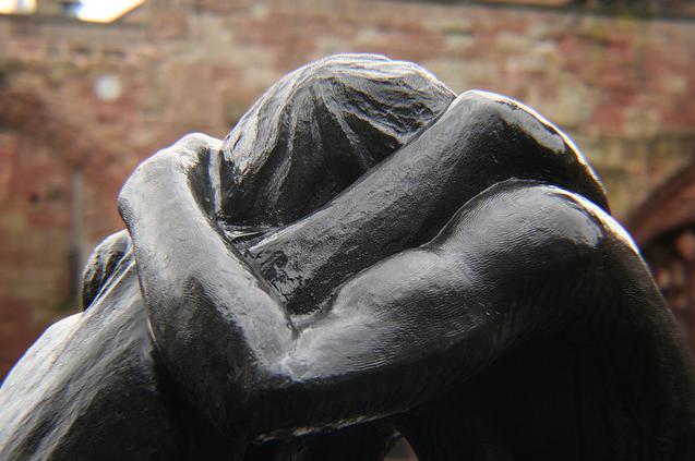 reconciliation-coventry-statue-closeup